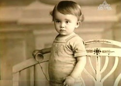Father Jaki as a baby (1925)