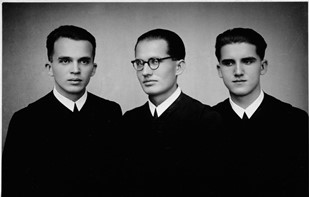 The three Jaki brothers as seminarians. From the left, Stanley, Zeno, Teodoz.