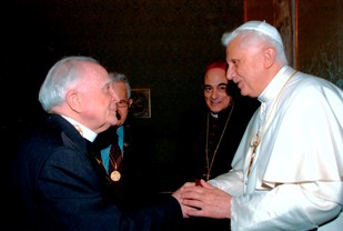 With Pope Benedict XVI, at the audience to the Pontifical Academy of Sciences