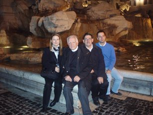 "2008 – Rome – At the Trevi Fountain, with LLucía Guerra Menéndez, Antonio Colombo, and Beniamino Danese, the initial nucleus of the ""Stanley Brigade"""