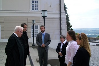 2009 – Pannonhalma Archabbacy – Fr Teodóz Jáki greets friends arriving for the funeral