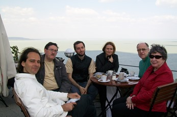2009 – The day before the funeral, near the Balaton Lake – Gergely Bogányi (HU), Antonio Colombo and Beniamino Danese (IT), John Beaumont (UK), Becky Mayhew (USA)