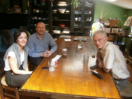2015 – New Hope, KY – A meeting between Giovanni and Camilla Zenone and Dennis J. Musk, in which was planned the preparation of the e-book version of Father Jaki's books