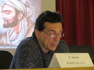 Alessandro Giostra during his presentation about Stanley Jaki and Medieval Islamic Cosmology.