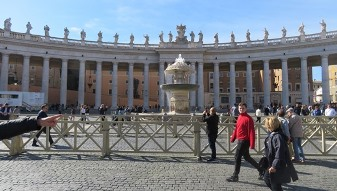 In St. Peter Square, the picture, taken at one of the centres of the ellipse, shows all four set of columns in the Bernini colonnade as looking just one set.