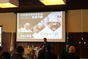 Father Pedro Augusto during his talk.